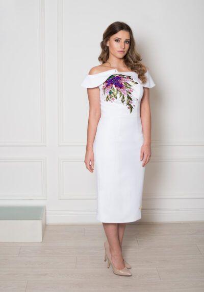 Model wearing Phoenix V Phoenix V Hollya pencil occasion dress, Dublin