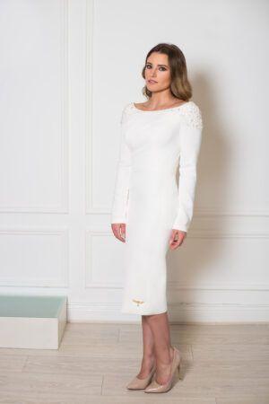 Model wearing Phoenix V Holmes pencil occasion dress, Dublin