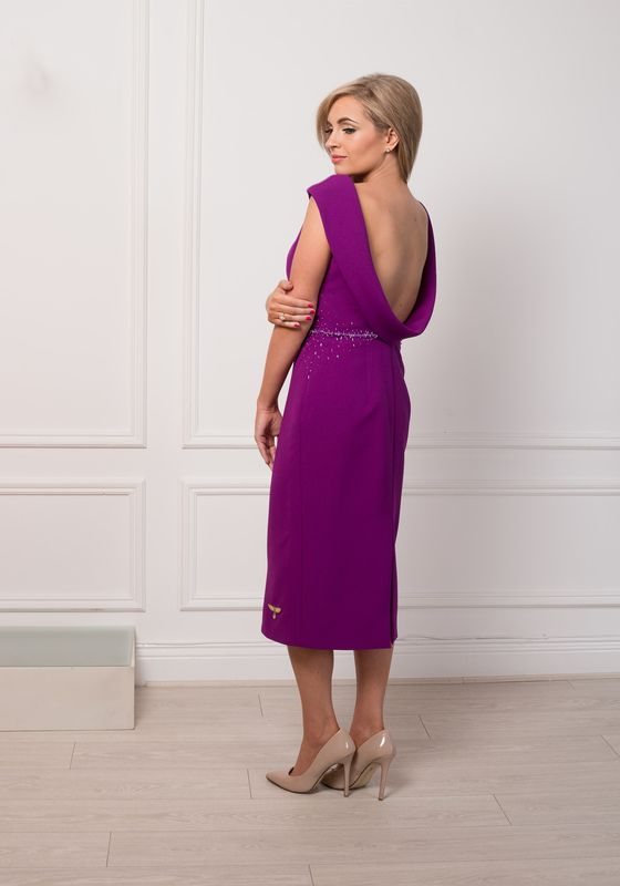 Model wearing Phoenix V Fallon pencil occasion dress, rear view