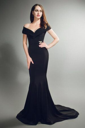 Black deep pleated v-neck fishtail gown