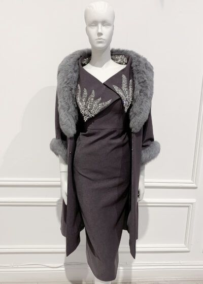 Straight-fitting coat in charcoal grey with matching grey fur collar and cuffs