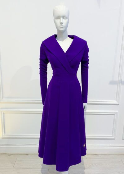 Deep purple pleated a-line with long sleeve and oversized collar