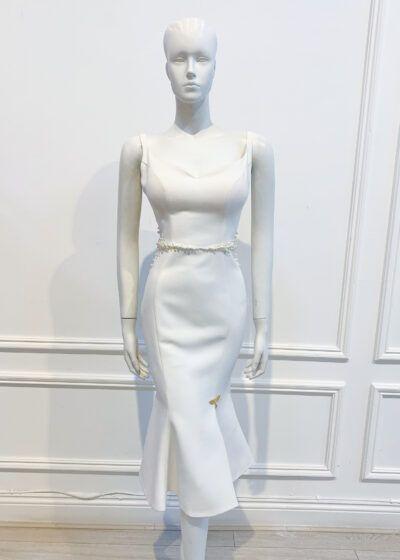 Ivory sleeveless sweetheart neckline fishtail dress with pearl waist